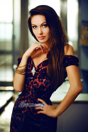 年龄:31岁-俄罗斯